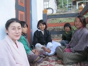 ブータンで一緒だった明石祥子さん(土井ゆきこ撮影)